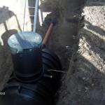 Nedgravning og tilslutning af Septic-tank med indbygget pumpe i Søsum.