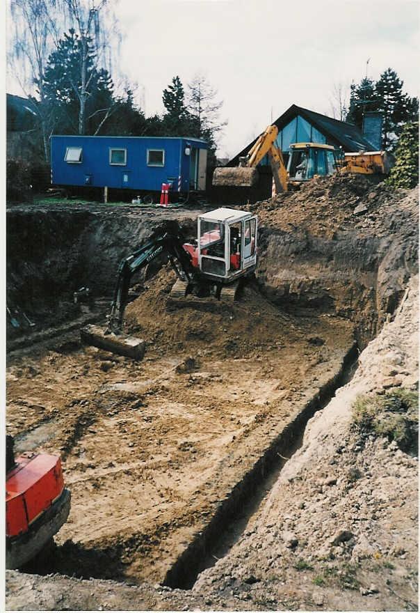 Udgravning af kælder og fundamenter i Lynge