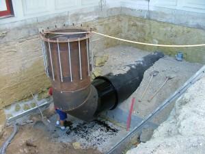 Montering og indstøbning af rør for ventilation af storkøkken i Herlev