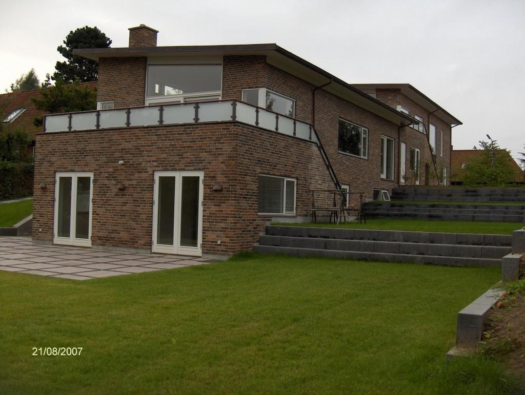 Udførsel af jord-beton-kloak og anlægsarbejde på nyt db.hus i Gentofte